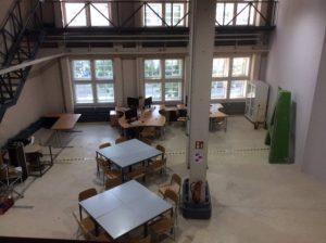 Blick auf die Werkstatt- und Büro-Bereiche